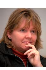 Dr Cornelia Ulbert